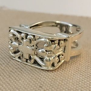 Jewelry - Large Sterling Silver 925 Cross Swirl Ring Size 7